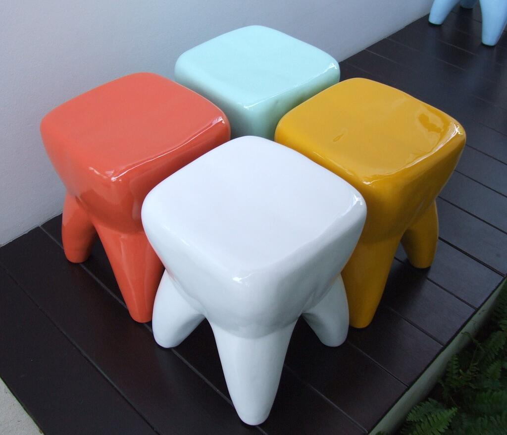 Tooth-shaped Seating